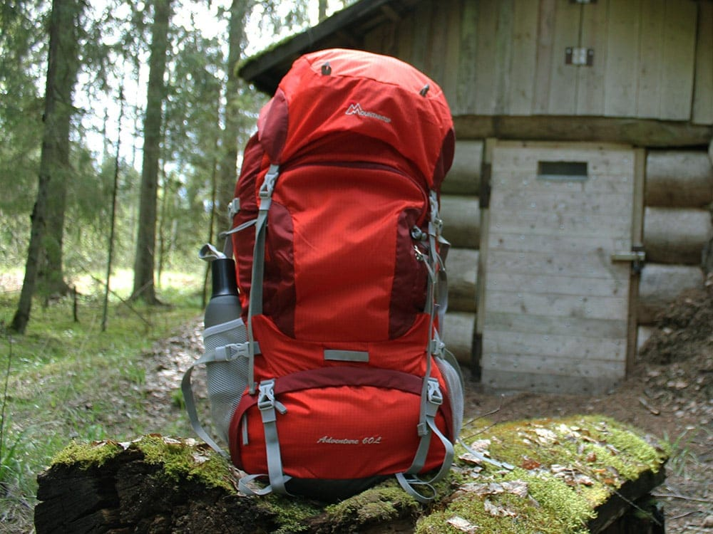 Mountaintop 60-liter internal frame backpack review featured image