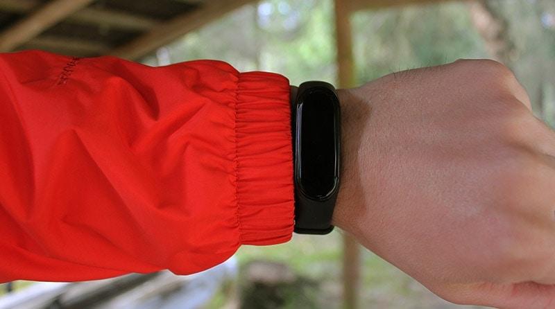 the North Face Resolve 2 rain jacket elastic sleeve cuffs