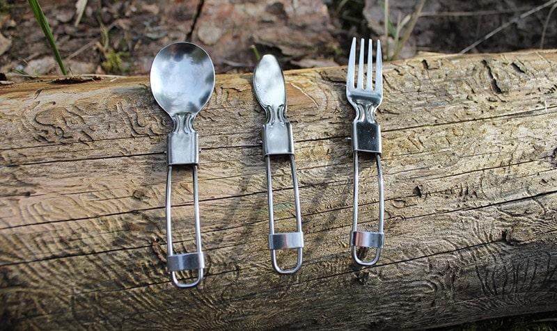Odoland camping cookware kit eating utensils