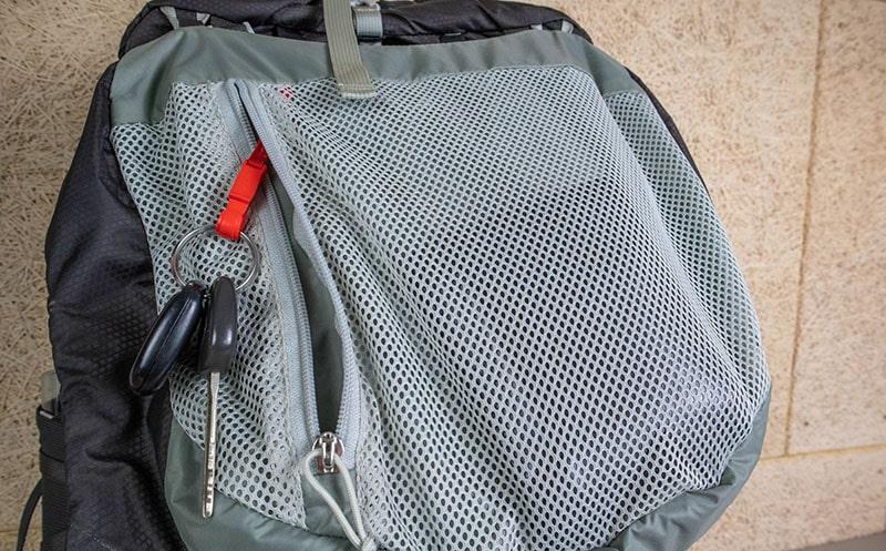 Osprey Talon 44 interior mesh pocket