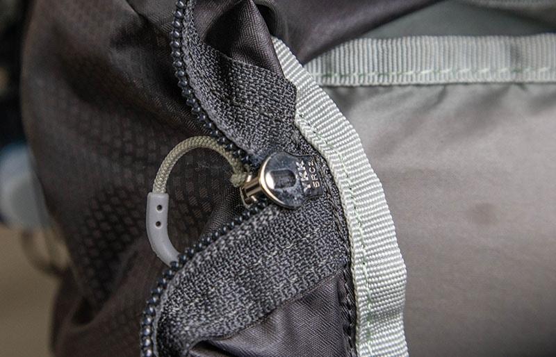 Osprey Talon 44 YKK zippers
