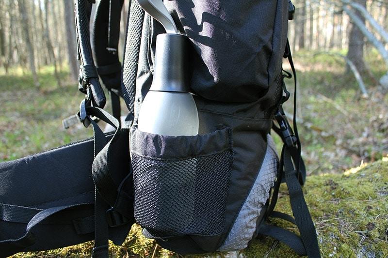 Teton 4000 side water bottle mesh pocket