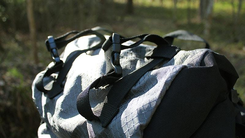 Teton 4000 adjustable top straps for sleeping mat