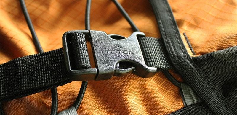 Teton Scout 3400 plastic buckles